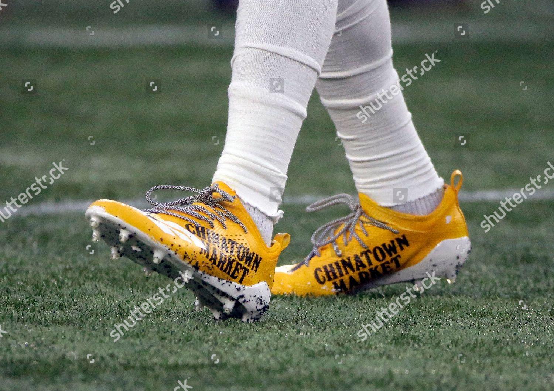693ffd30b094 Minnesota Vikings wide receiver Stefon Diggs wears Editorial Stock ...