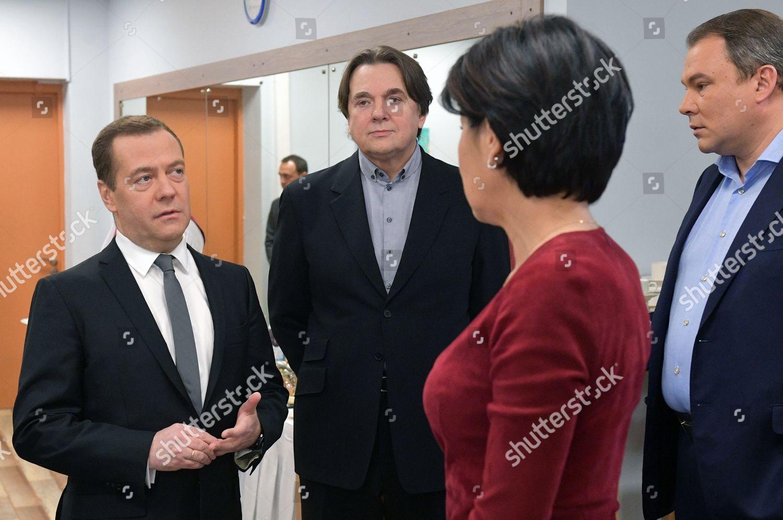 LR Russian Prime Minister Dmitry Medvedev Channel Editorial