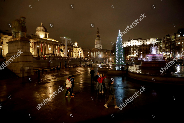 People walk past after lights Norwegian Christmas Editorial Stock ...