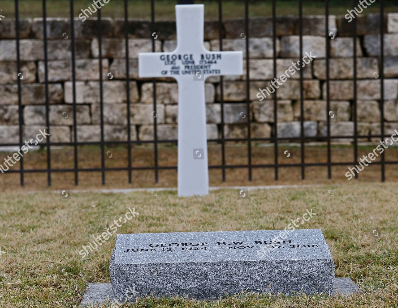 Headstone Gravesite Former Us President George Hw Stock Photo