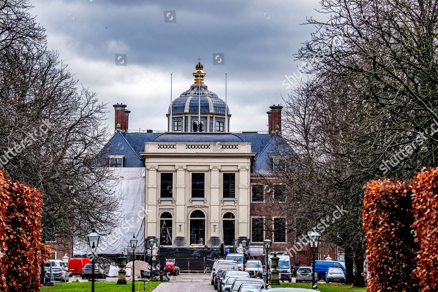 Renovation work huis ten bosch palace hague editorial for Huis ten bosch hague