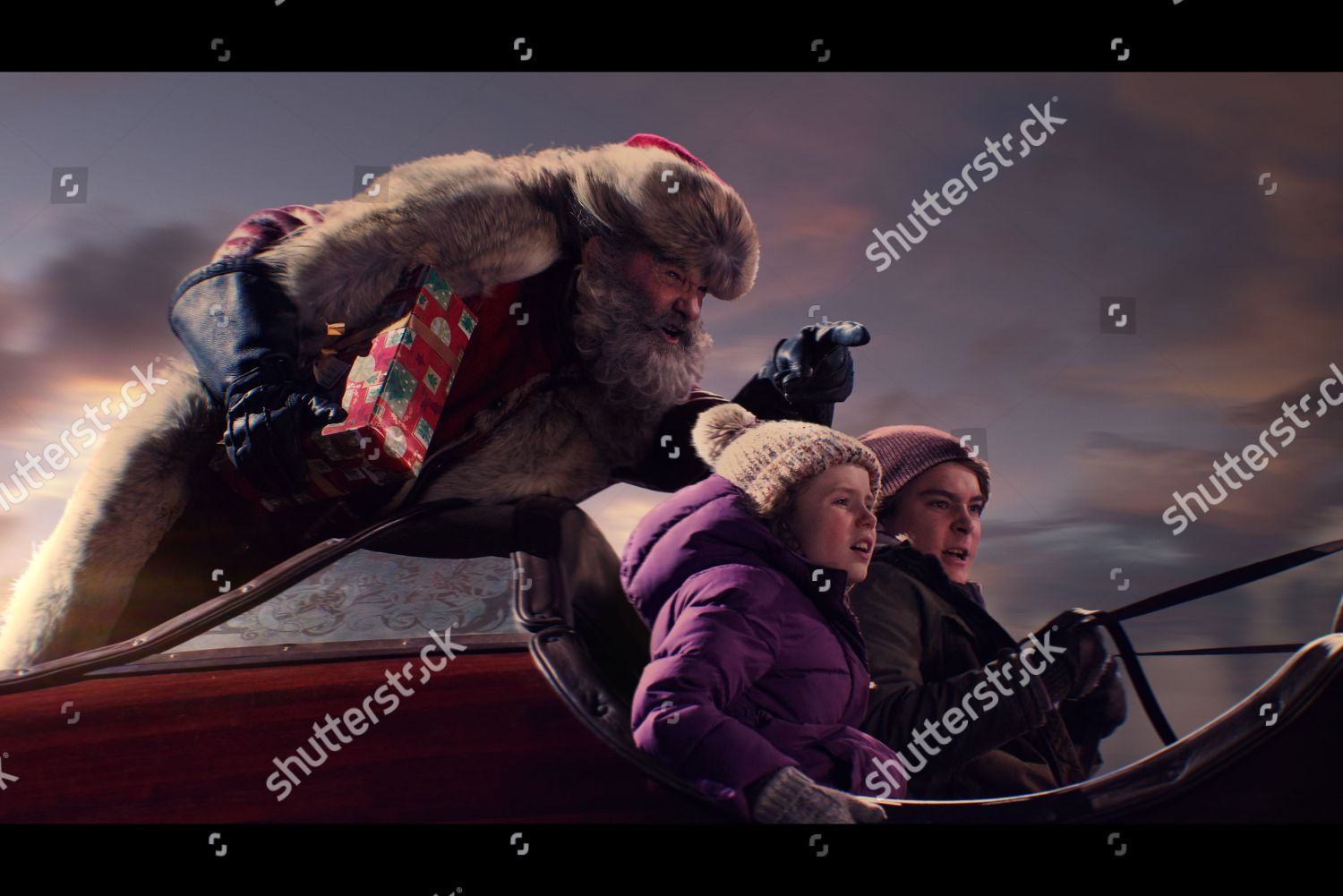 The Christmas Chronicles Poster.Kurt Russell Santa Claus Darby Camp Kate Editorial Stock