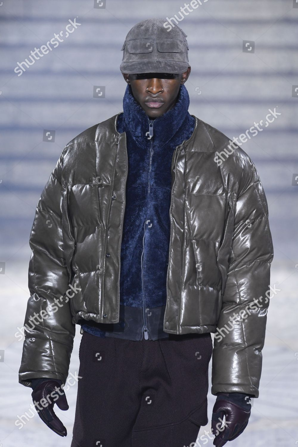 2a09caf18c Model on catwalk Editorial Stock Photo - Stock Image   Shutterstock