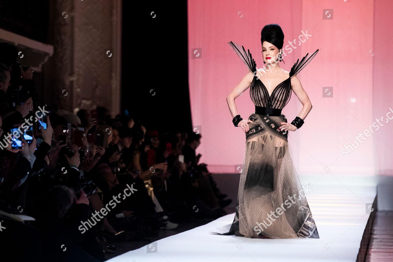US performer dancer model Dita Von Teese Editorial Stock