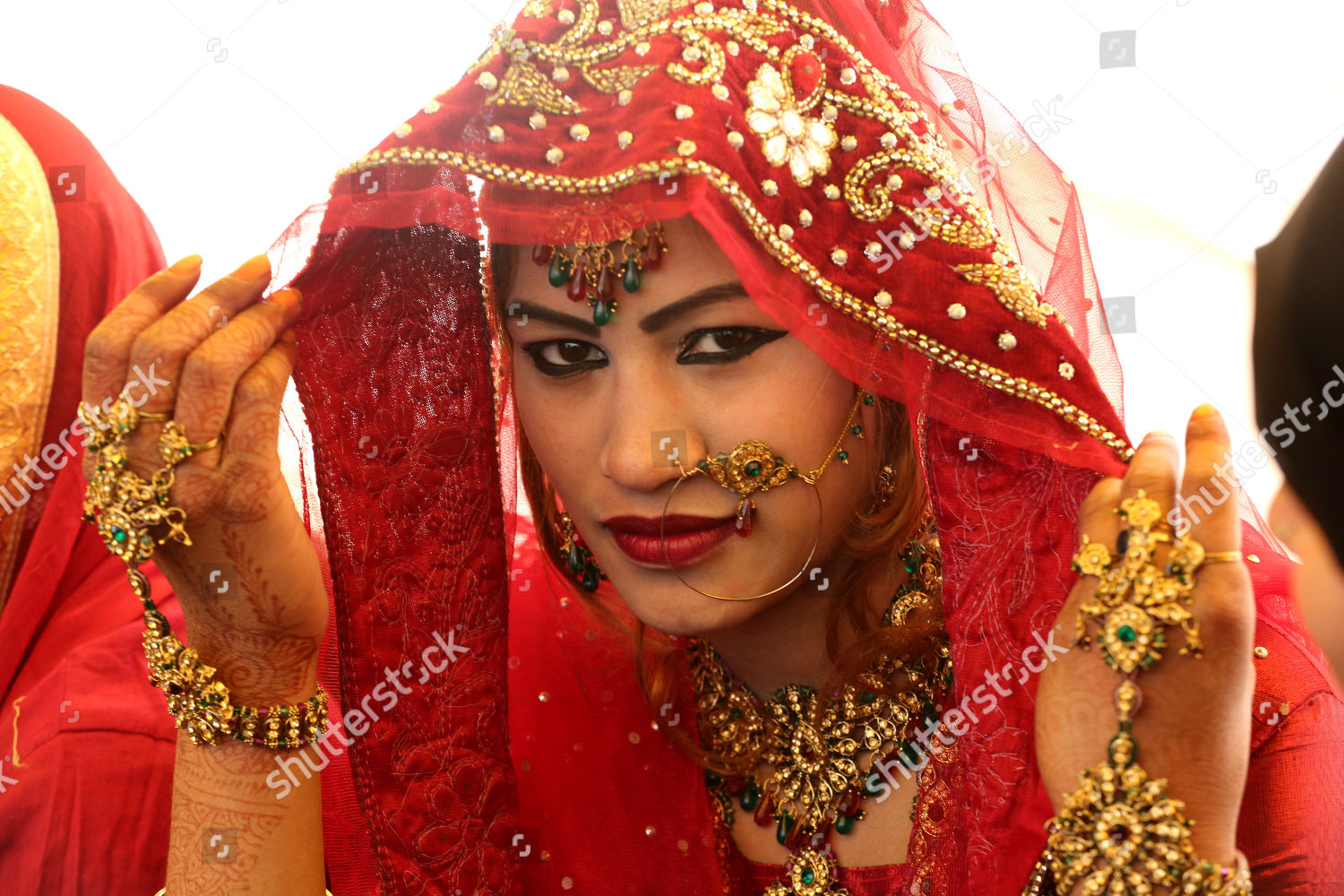 Indian bride takes part mass marriage ceremony Editorial