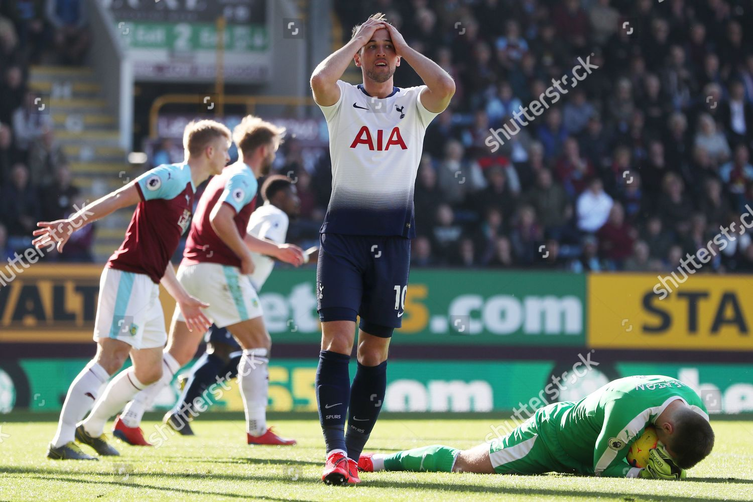 Harry Kane Tottenham Hotspur looks dejected after Editorial