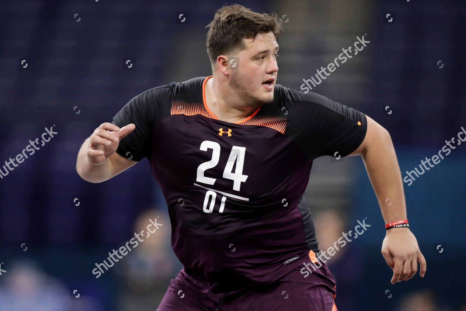 classic fit e5668 91408 Stanford offensive lineman Nate Herbig runs drill Editorial ...