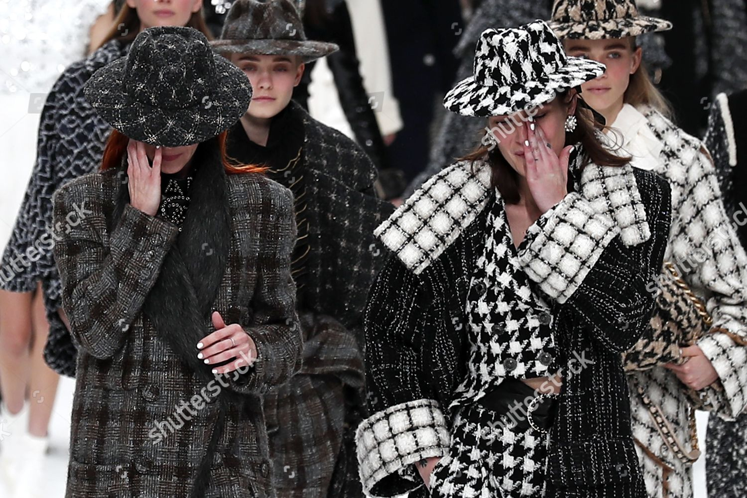 Crying Models Pay Tribute Late German Designer Editorial Stock Photo Stock Image Shutterstock
