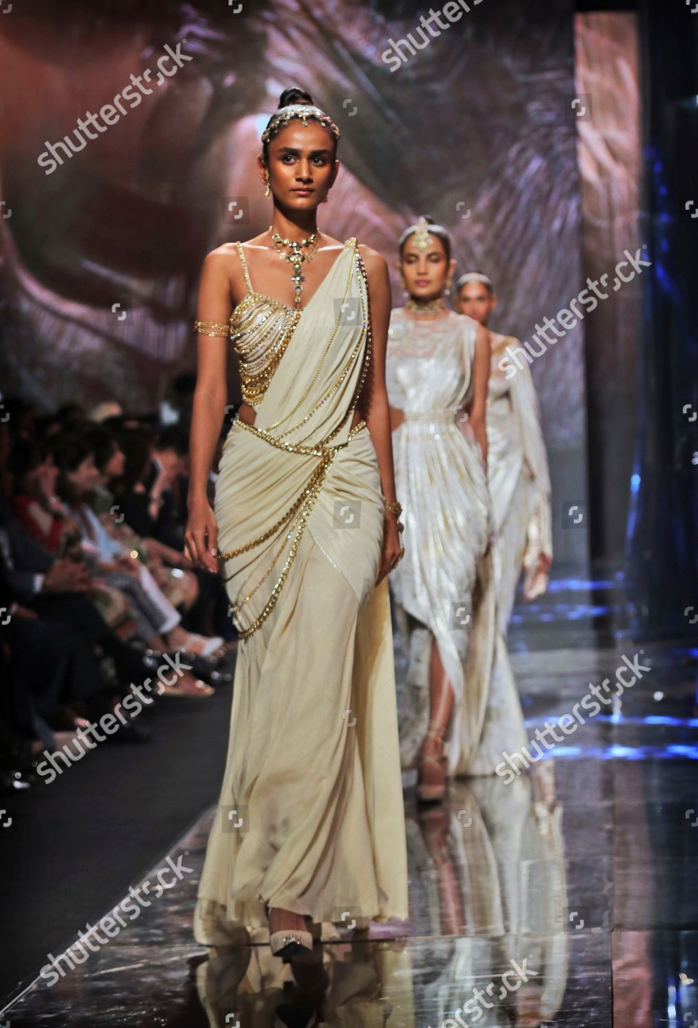 Models Display Creations One Top Indian Designers Editorial Stock Photo Stock Image Shutterstock