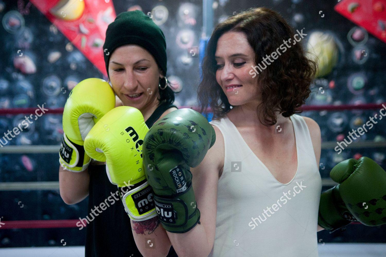 Isabel Díaz Ayuso - Página 12 Isabel-diaz-ayuso-visits-european-boxing-champion-miriam-guitierrez-madrid-spain-shutterstock-editorial-10184368y