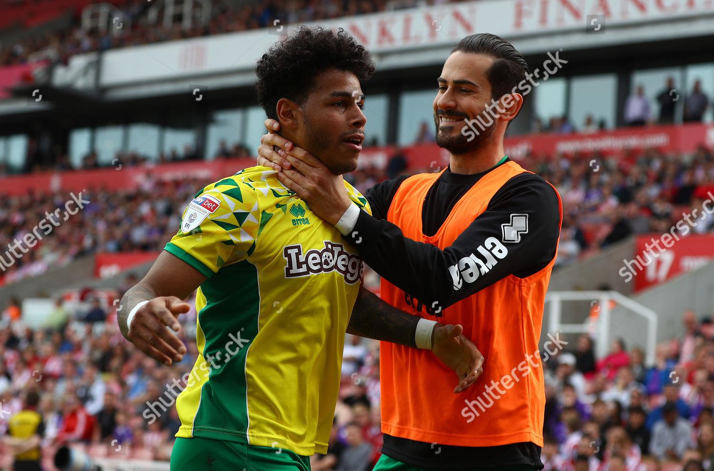Onel Hernandez Norwich City celebrates scoring goal