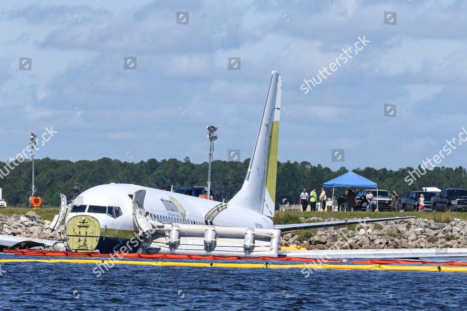 charter plane carrying 143 people traveling Cuba Editorial