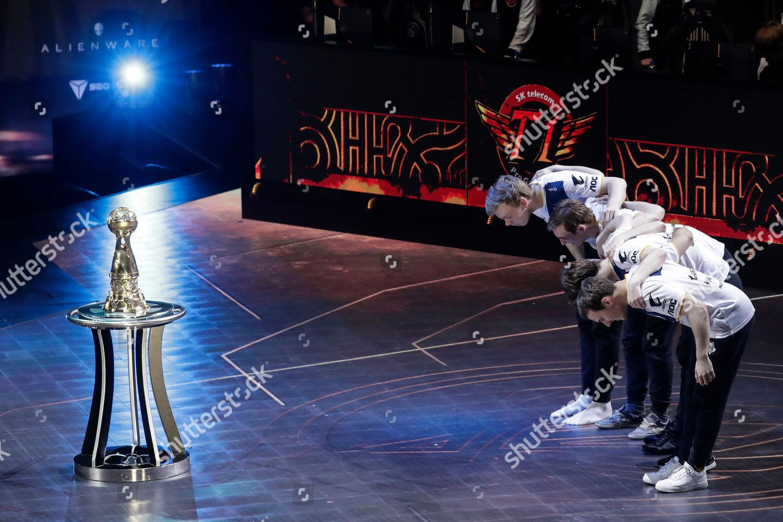 Team G2 Esports celebrate their win against Editorial Stock Photo