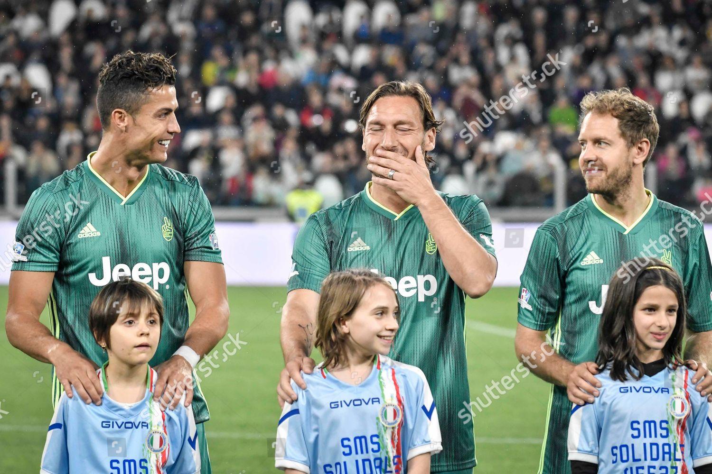 ¿Cuánto mide Francesco Totti? - Real height Match-of-the-heart-charity-football-match-allianz-stadium-turin-italy-shutterstock-editorial-10252802e