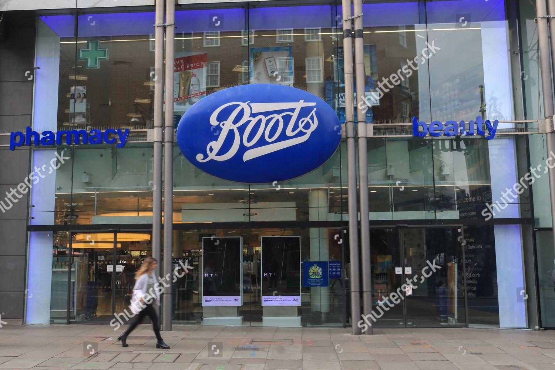 Boots Retailer has announced closure their 200 Editorial