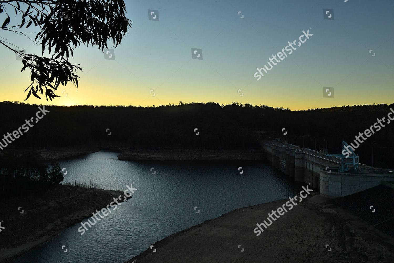 view Warragamba Dam drought continues impact New Editorial