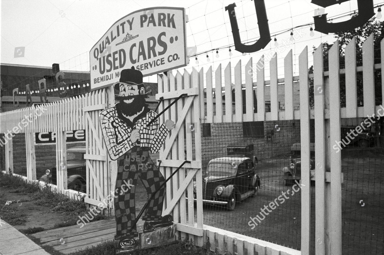 Paul Bunyan Used Car Lot Bemidji Minnesota Editorial Stock