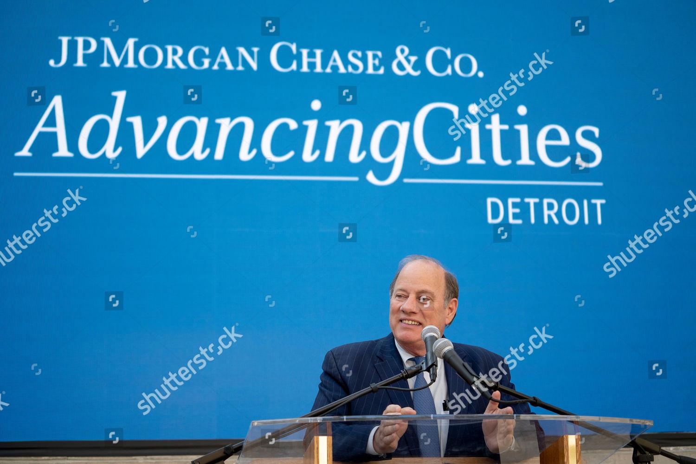 Detroit MI Detroit Mayor Mike Duggan speaks Foto editorial - Imagem