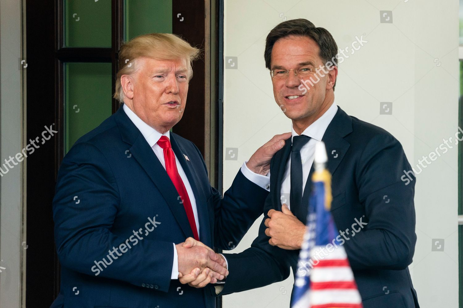 ¿Cuánto mide Barron Trump? - Altura - Real height President-trump-meets-with-prime-minister-of-the-netherlands-mark-rutte-washington-usa-shutterstock-editorial-10341029c