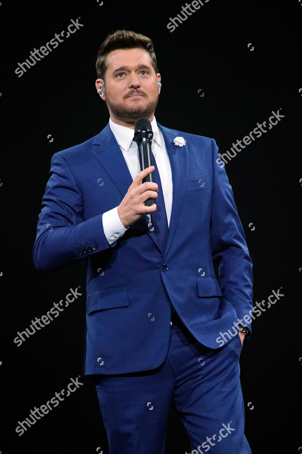 Michael Buble Christmas Special 2019.Michael Buble Performs Allstate Arena On Sturday Editorial
