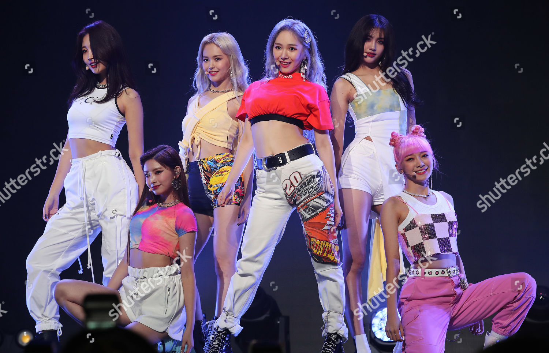 south korean girl group everglow releases second single seoul korea shutterstock editorial 10366059b