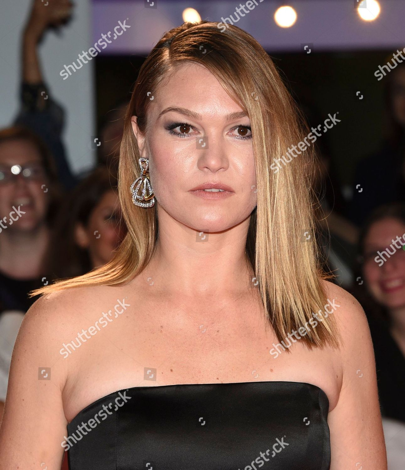 Julia Stiles Attends Premiere Hustlers On Day Editorial