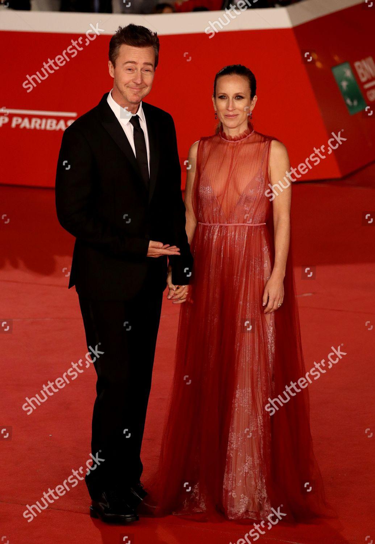 director Edward Norton wife Shauna ...