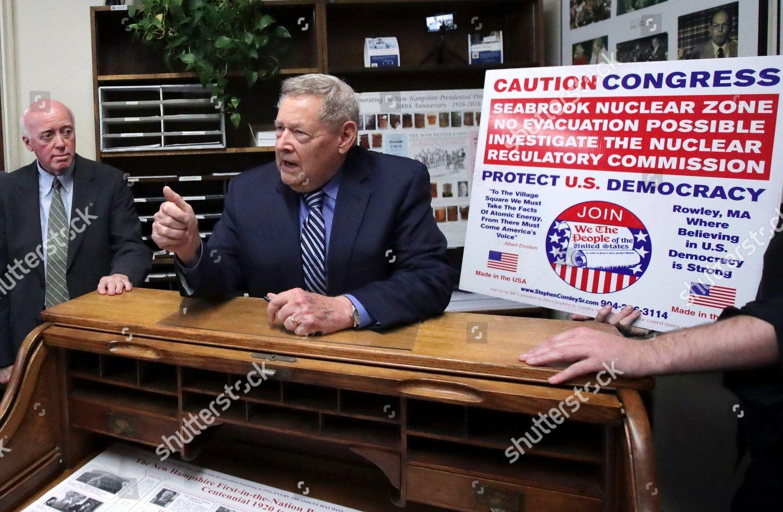 New Hampshire Election 2020.Stephen Comley Bill Gardner Republican Stephen Comley
