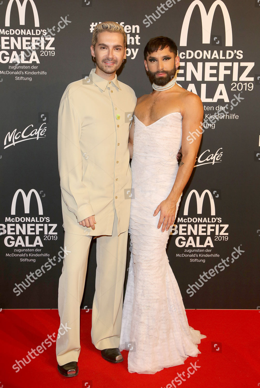 ¿Cuánto mide Bill Kaulitz? - Altura real: 1,80 - Real height Ronald-mcdonald-house-charity-hotel-bayerischer-hof-munich-germany-shutterstock-editorial-10470971s