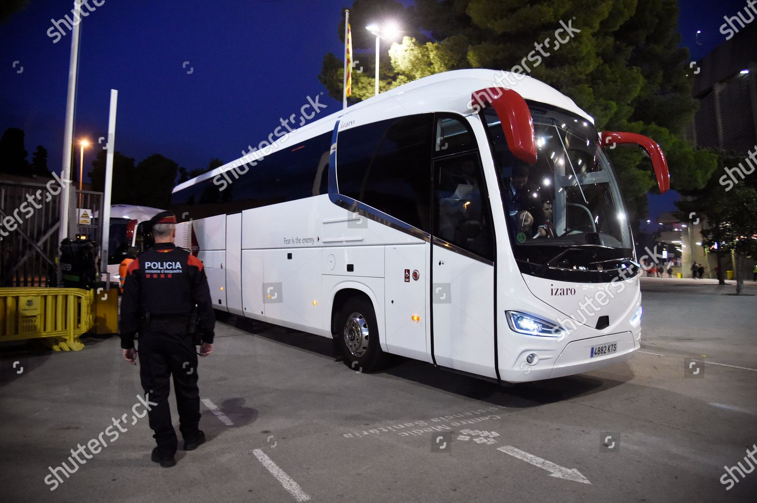 fc barcelona real madrid buses entering togethers editorial stock photo stock image shutterstock https www shutterstock com editorial image editorial barcelona v real madrid la liga football camp nou spain 18 dec 2019 10507175q