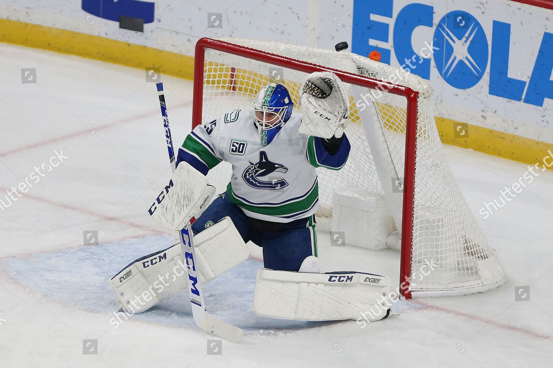 Vancouver Canucks Goalie Jacob Markstrom Sweden Deflects Editorial Stock Photo Stock Image Shutterstock