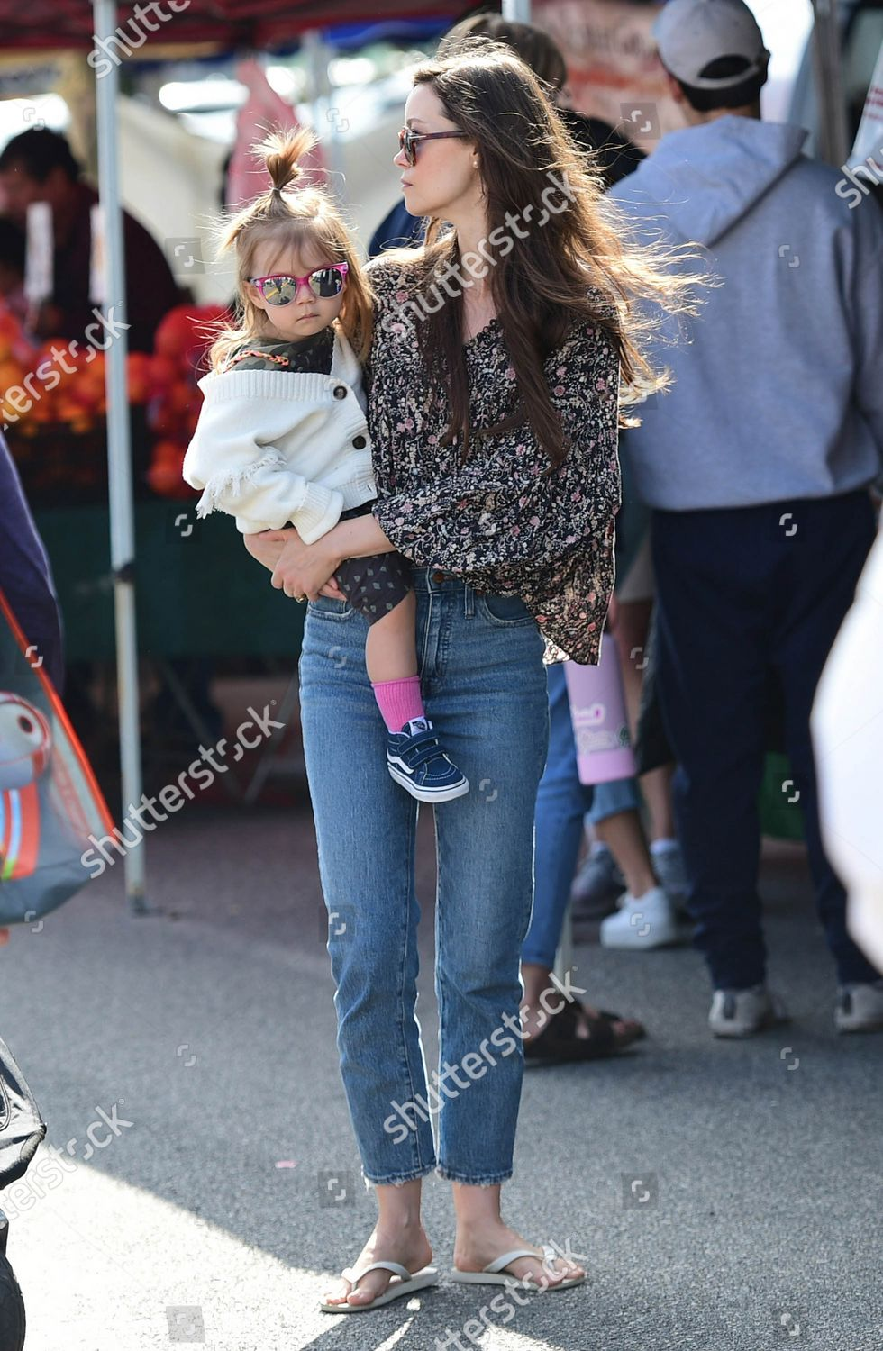 Summer Glau Sunny Isabou Editorial Stock Photo Stock Image Shutterstock Val is wearing levi's jeans. https www shutterstock com editorial image editorial summer glau and val morrison out and about los angeles usa 23 feb 2020 10565332g