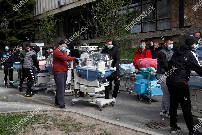 People Carry Incubators Newborn Babies Hospital Evacuated Editorial Stock Photo Stock Image Shutterstock