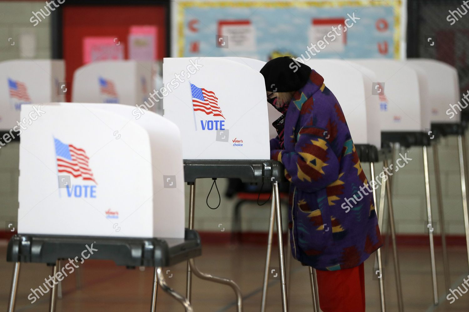 Teresa Herold casts her vote 7th Congressional Editorial Stock ...