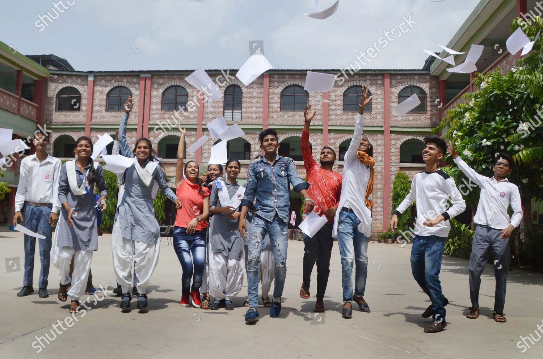 Students Maharishi Dayanand Vidyapeeth Intermediate College celebrate  Editorial Stock Photo - Stock Image | Shutterstock