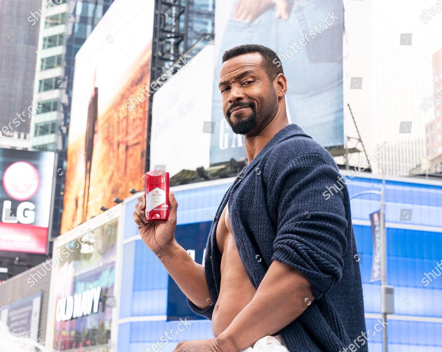 NY: Old Spice promotion on Times Square, New York, United States - 23 Jan 2020 的库存照片