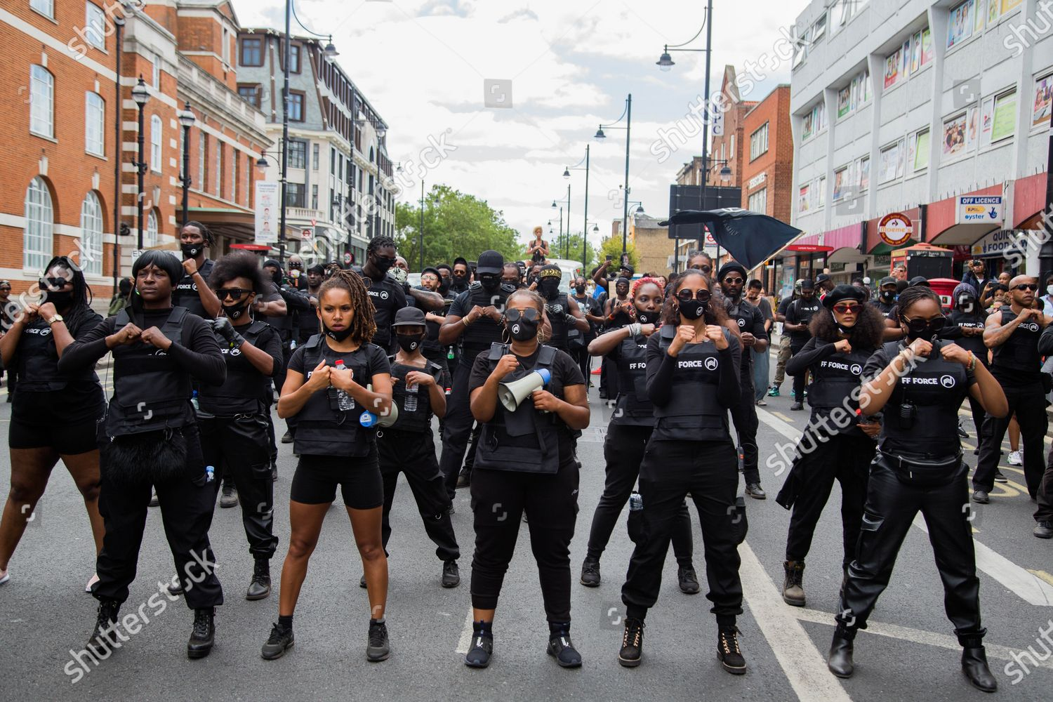Nuits d'émeutes - Page 9 Annual-african-emancipation-day-in-london-uk-shutterstock-editorial-10730518b