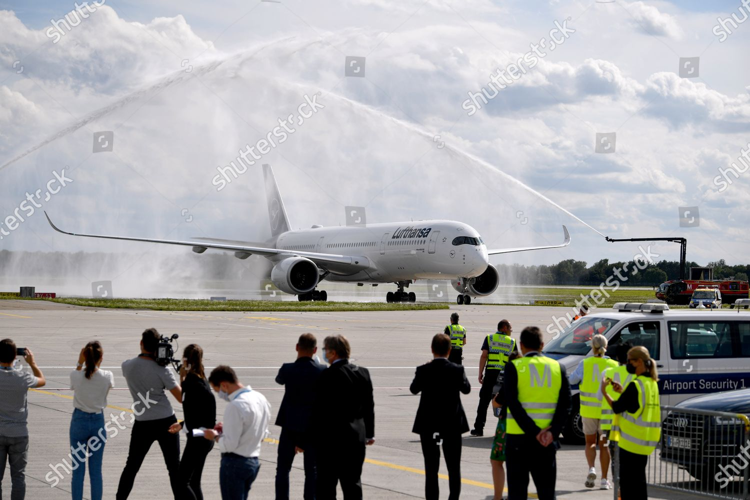 Arrival Fc Bayern Munich Airport Munich Germany Editorial Stock Photo Stock Image Shutterstock