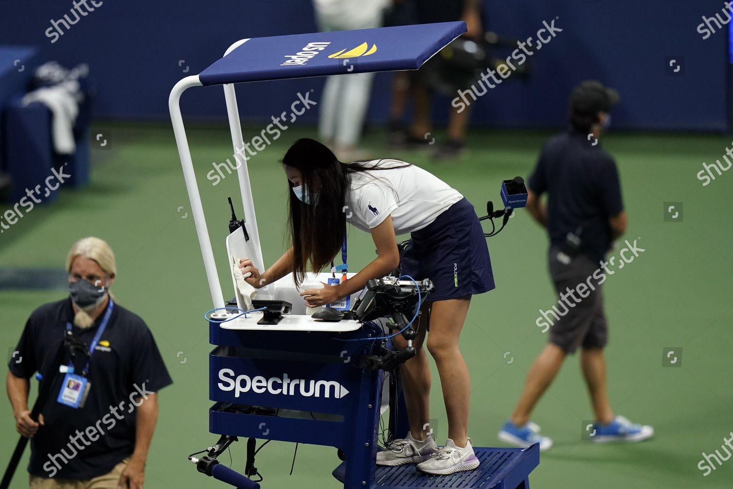 Woman Cleans Chair Umpires Seat Before Naomi Editorial Stock Photo Stock Image Shutterstock