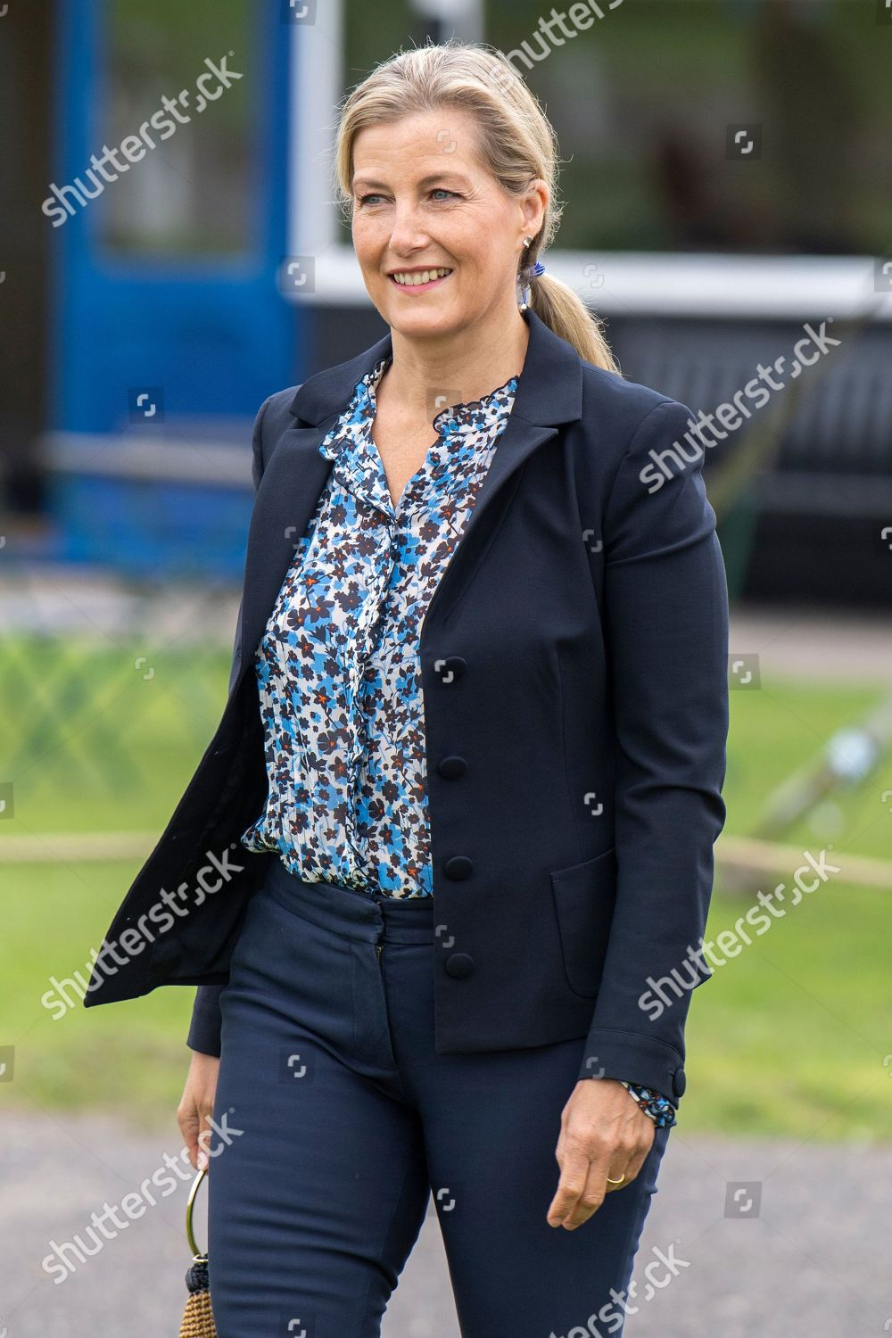 sophie-countess-of-wessex-visit-to-thames-valley-air-ambulance-white-waltham-airfield-maidenhead-uk-shutterstock-editorial-10764511v.jpg