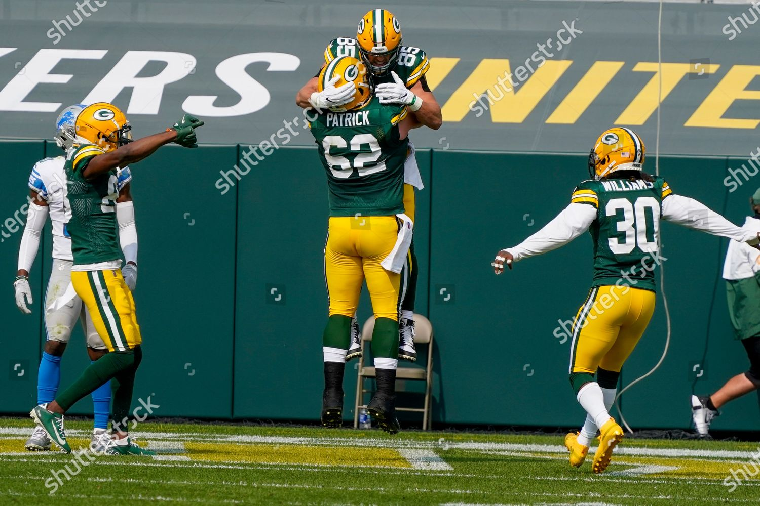 Green Bay Packers Robert Tonyan Congratulated By Editorial Stock Photo Stock Image Shutterstock