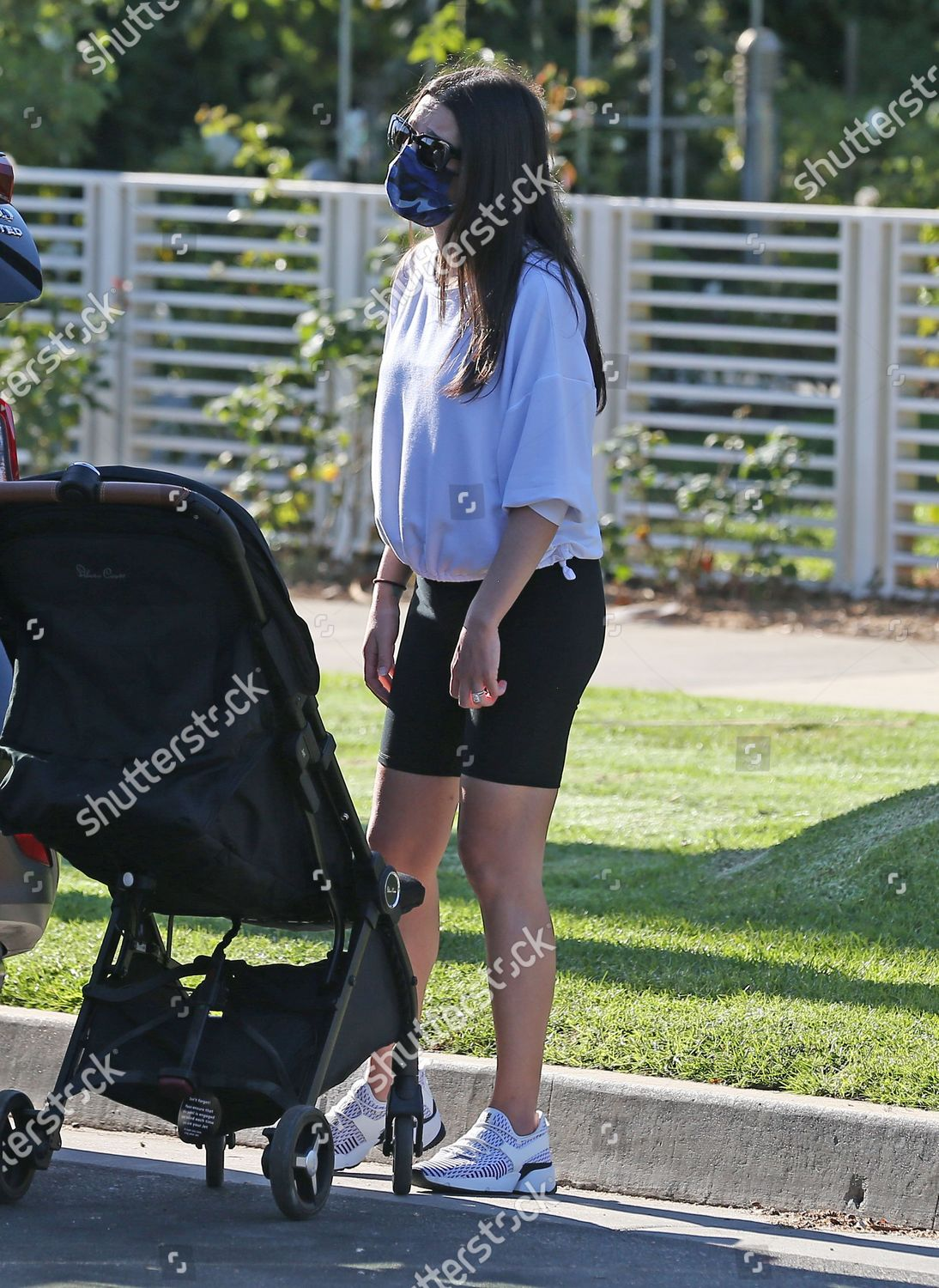 Lea Michele Out About Some Friends Santa Editorial Stock Photo Stock Image Shutterstock