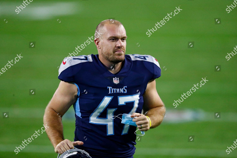 Tennessee Titans long snapper Matt Overton 47 Editorial Stock ...