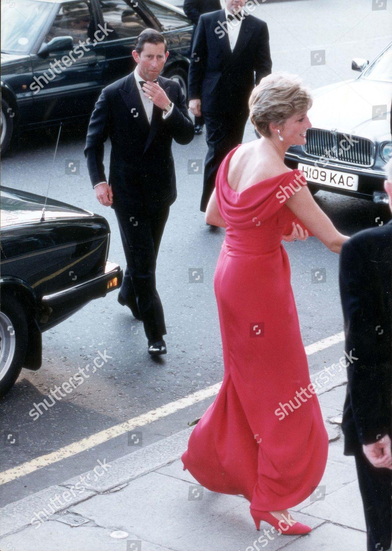 Prince Princess dead 81997 Wales Talk Arrive Editorial Stock Photo