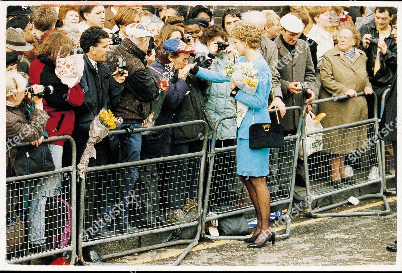 Norman Williams Kisses Princess Dianas Hand Editorial Stock Photo Stock Image Shutterstock