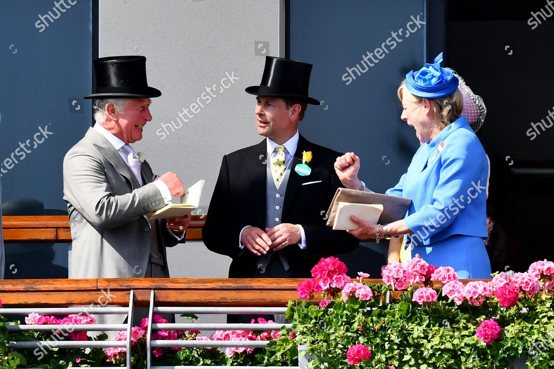 royal-ascot-horse-racing-ascot-racecourse-berkshire-uk-shutterstock-editorial-12079769ce.jpg