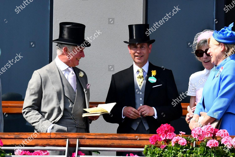 royal-ascot-horse-racing-ascot-racecourse-berkshire-uk-shutterstock-editorial-12079769cg.jpg