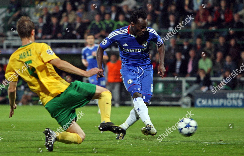 d487e549c9 Michael Essien Chelsea scores make 01 Editorial Stock Photo - Stock ...
