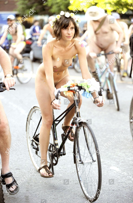 World Naked Bike Ride2011-9421