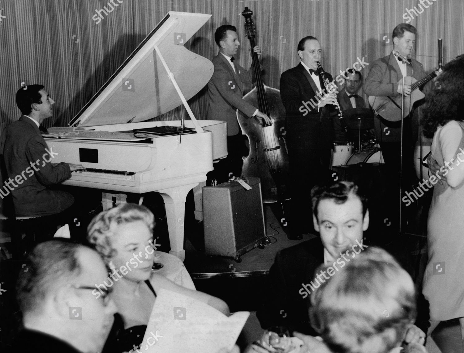 Harry Roy And His Band At The Mayfair Hotel Piano Damian Robinson Bass Geoff Sothcott Drums Derek Fairbrass Guitar Denny Fisher Stock Image By Edwin
